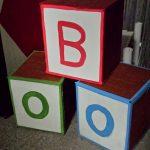 Cubes de bois géants